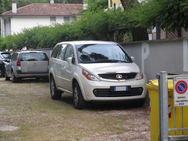 Avvistamenti auto rare non ancora d'epoca IMG_2262_FILEminimizer
