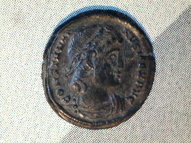 AE3 de Constantino I. GLOR-IA EXERC-ITVS. Ceca Nicomedia. Image