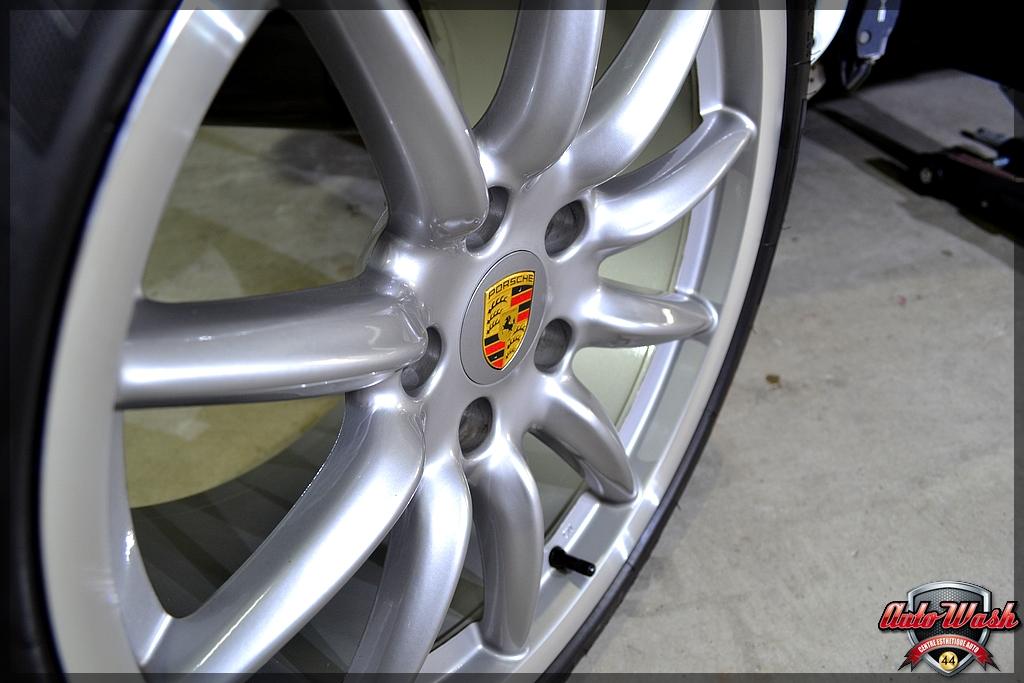 Bastien, d'AutoWash44 / Vlog n°6 - Macan S, 997 et 911 GT3 - Page 2 001_12