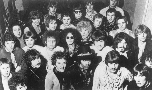 StevieBaby's *Even Gr8er* Great Band (and Singer) Photos Thread 14-11-1967a