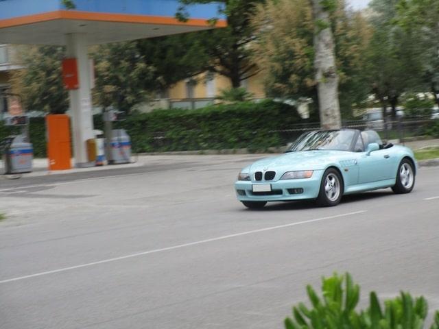 Avvistamenti auto rare non ancora d'epoca IMG_2292_FILEminimizer