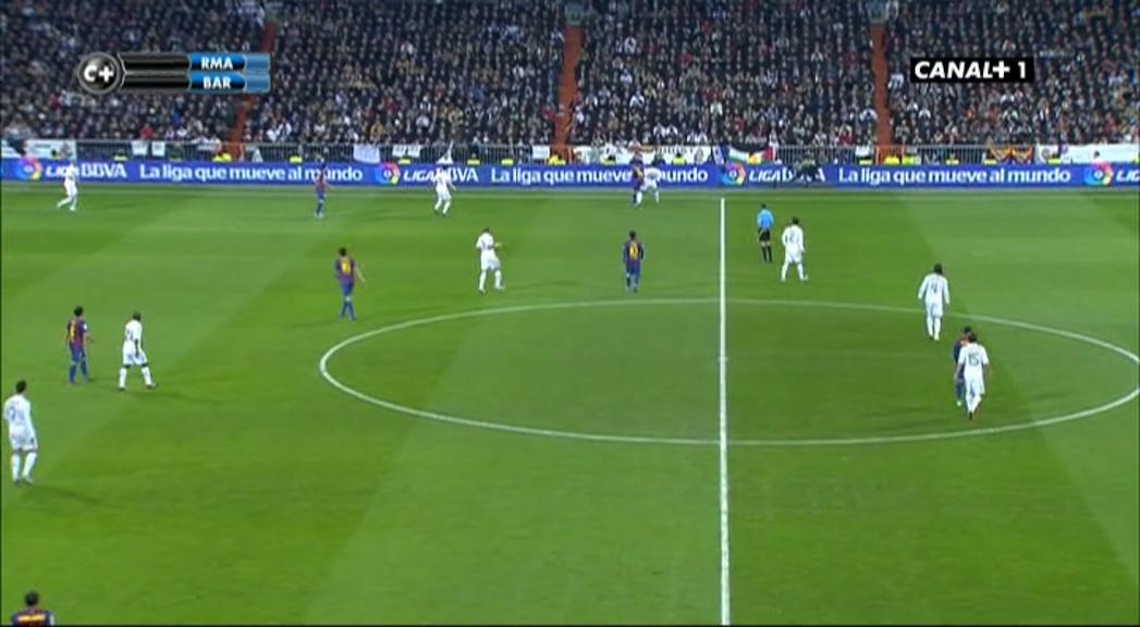 Copa del Rey 2011/2012 - Cuartos de Final - Ida - Real Madrid Vs. FC Barcelona (576p) (Castellano) Vlcsnap-2018-07-14-10h48m51s470