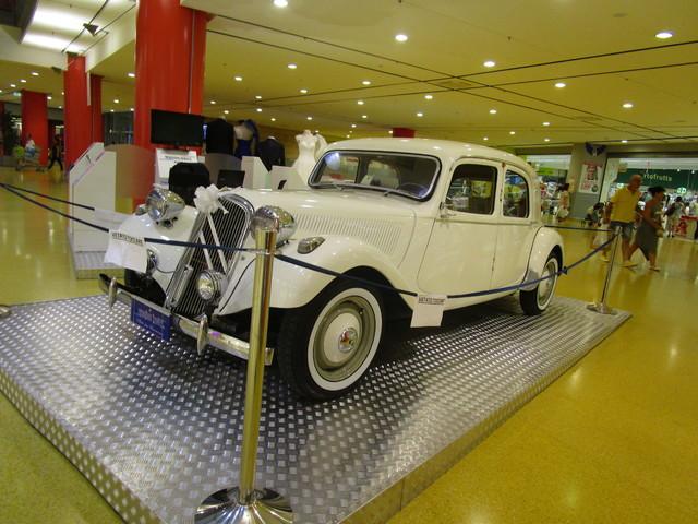 avvistamenti auto storiche - Pagina 11 IMG_2399