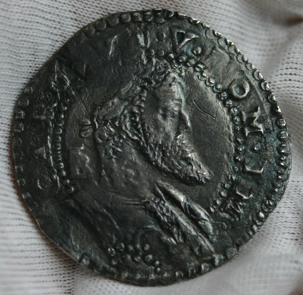 Medio Ducado Carlos V (1516-1556) sin fecha. Nápoles. Medio_Ducado_Carlos_V_1a