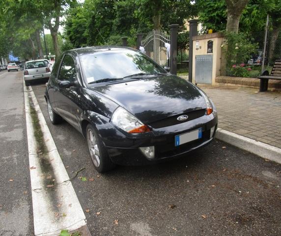 Avvistamenti auto rare non ancora d'epoca IMG_2322_FILEminimizer