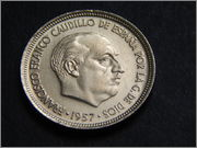 5 pesetas 1957 (*58). Francisco Franco DSCN2124