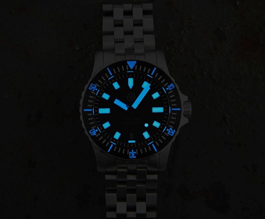 Helm Watches E_In_V6_Go_Ew_U_M_2_JUsc2_a5m_Jc_Q3h_ZLqzk_Yo_Jm_Es_C7_Zwtg1s_K