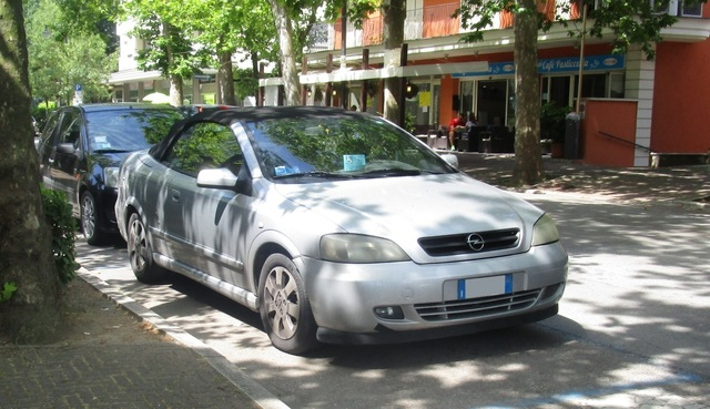 Avvistamenti auto rare non ancora d'epoca IMG_2272_FILEminimizer