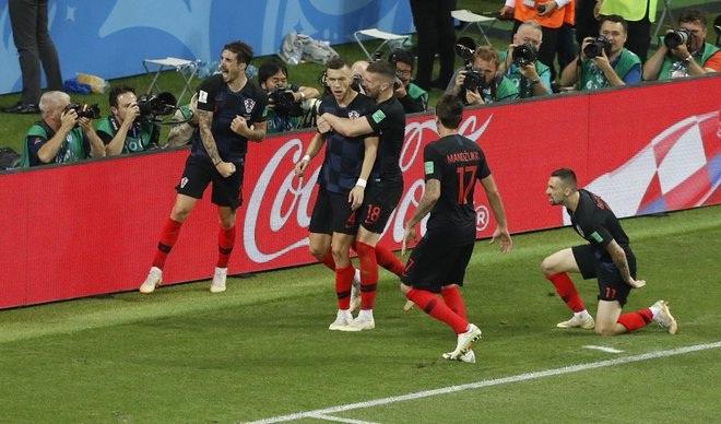 Svjetsko nogometno prvenstvo 2018. - Page 5 Usta_e_u_crnim_dresovima