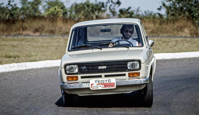 Fiat Brasile 40 anni (1976-2016) - Pagina 2 Fiat_147_L_4_R