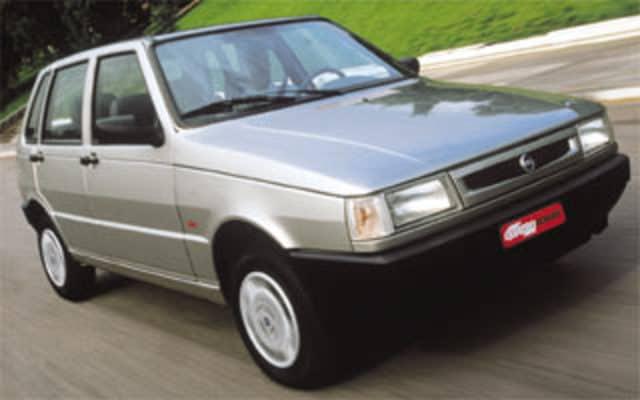 Fiat Brasile 40 anni (1976-2016) - Pagina 2 Mille_Fire_2001
