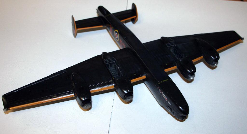 Halifax B Mk.I 1/72 Revell IMG_3665