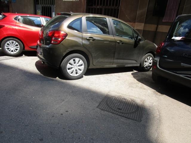 Avvistamenti auto dai colori particolari IMG_2123_FILEminimizer