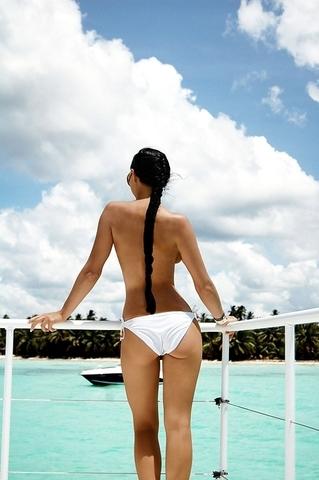 Ženska ledja... - Page 2 Art_ass_beach_beautiful_bikini_Favim_com_305060