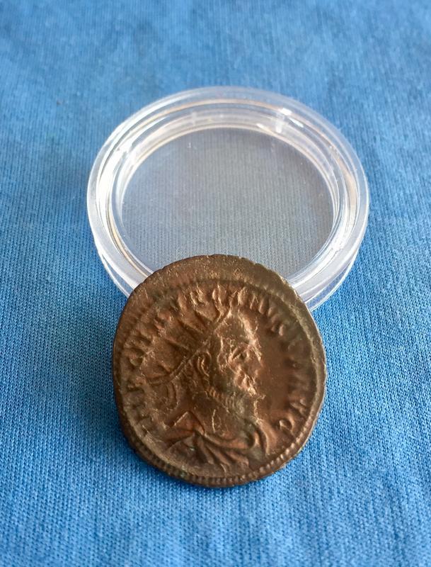 Aureliano de Caro. VIRTVS AVGG. Emperador y Júpiter. Trípoli. IMG_6971