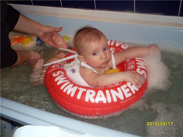 Существуют ли в Оренбурге бассейны с интрукторами для детей до года??? E598ddedcaf6