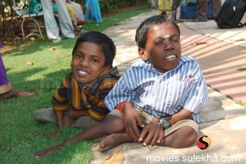 Я - Бог / Naan Kadavul / 2009 5f651df05de2