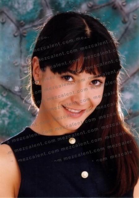 Лорена Рохас/Lorena Rojas - Страница 2 Ea2ad45197b4