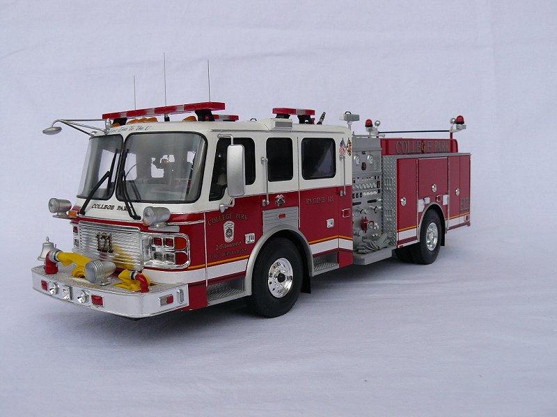 American LaFrance Eagle Fire Pumper 1:25 (Trumpeter) Imqiy9rl