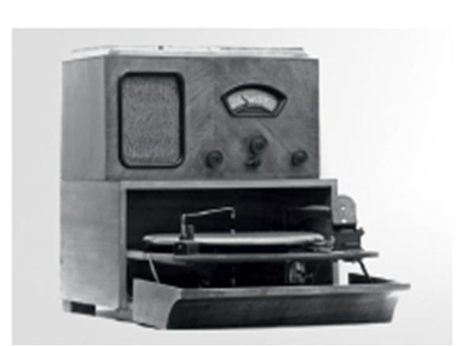 BRAUN - Página 2 Braun-audio-history-03
