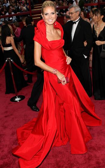 Гардероб наших леді в колекціях fashion дизайнерів - Страница 4 2ba2118645263c56e55e53ca5982df44