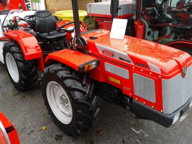 Traktori  Antonio Carraro opća tema  - Page 7 Ac-jona-5500-letnik-2014