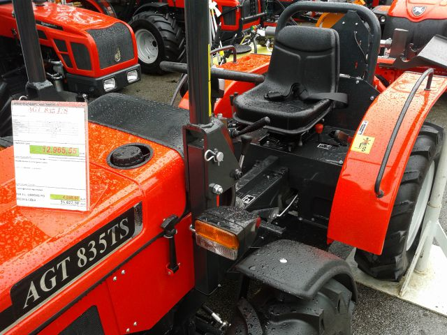 Traktori AGT Agromehanika Kranj Agt-835t-s-letnik-2014