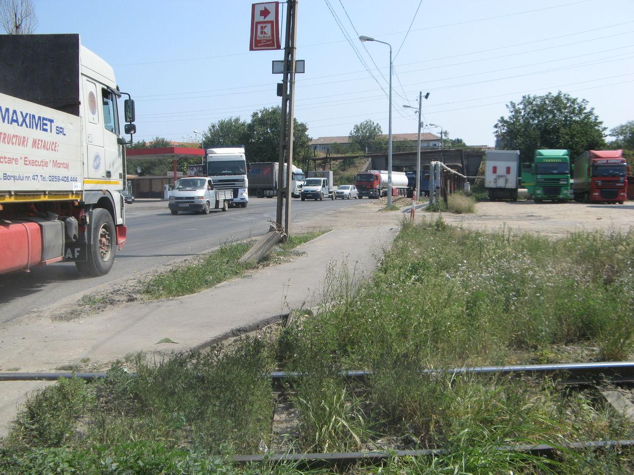 Calea ferată directă Oradea Vest - Episcopia Bihor IMG_0043