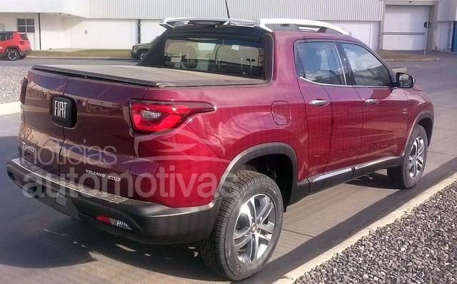 Fiat in Brasile - Pagina 2 Fiat_toro_volcano_4x4_1