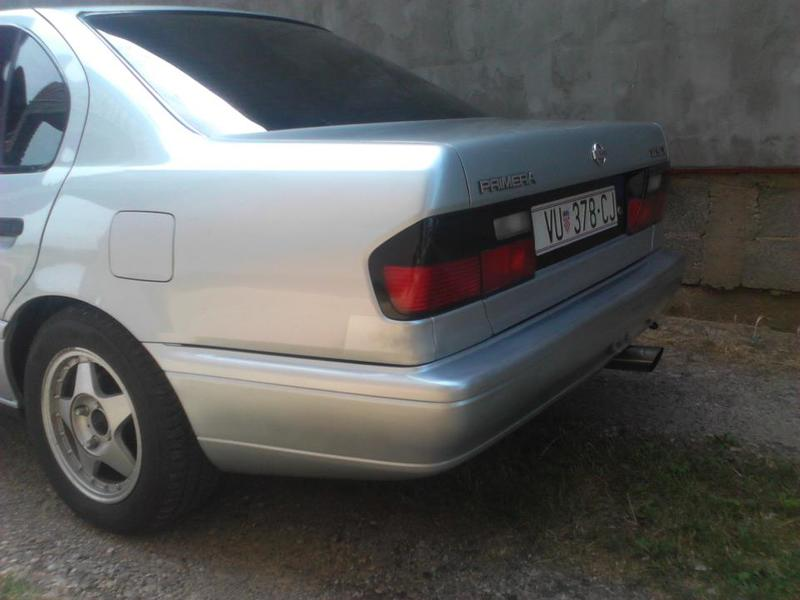 Nissan Primera P10 318862_247900215328917_1585578474_n