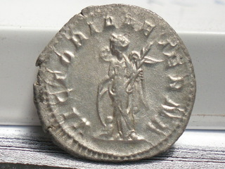Antoniano de Gordiano III. VICTORIA AETERNA. Roma. SAM_3663
