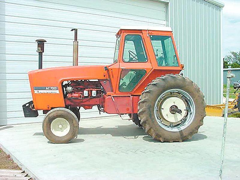 Hilo de tractores antiguos. - Página 5 ALLIS_CHALMERS_7000