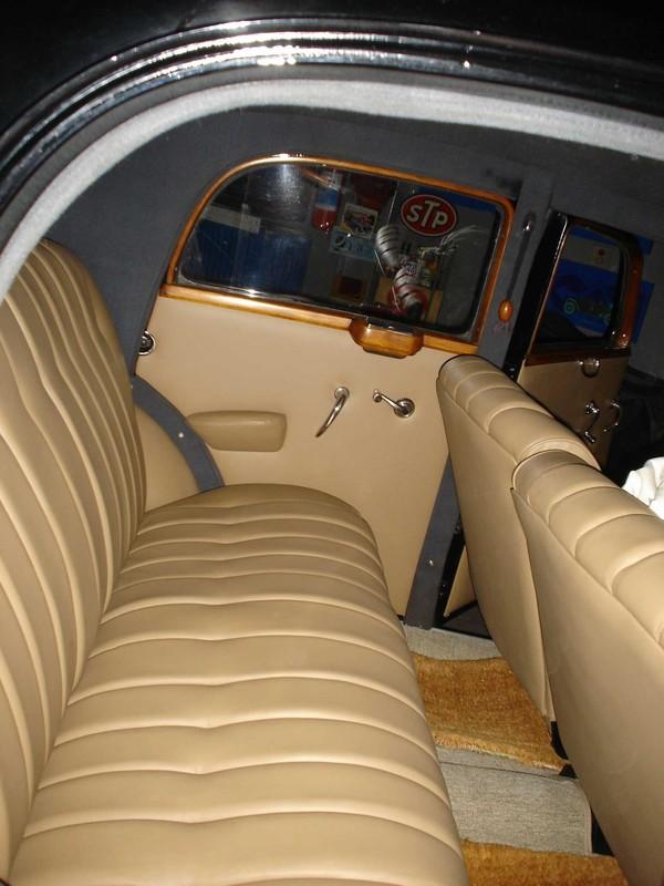 W136 170-S (1951) - R$ 130.000,00 DSC06069-01