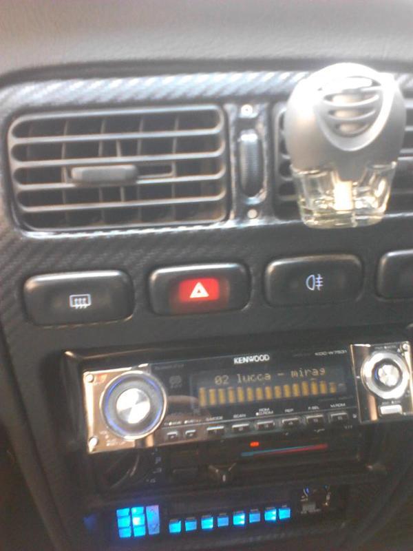 Nissan Primera P10 406247_247900608662211_77048606_n