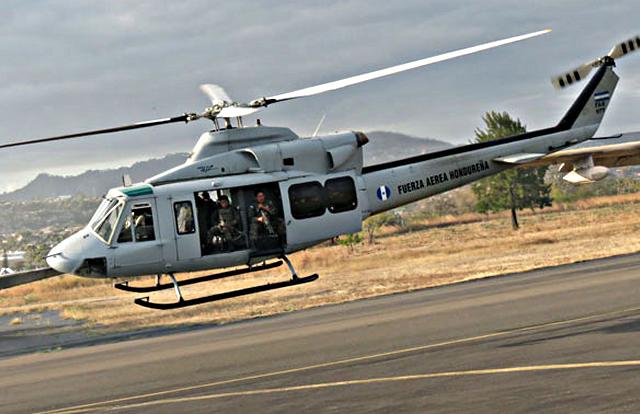 Fotos y videos de las FFAA de Honduras y equipos de los Bomberos Operativo_aereo