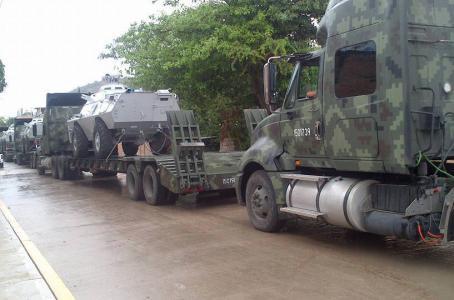 Guerrero - Vehiculos militares llegan a Guerrero para garantizar la eleccion - vehiculos sin matricula? BLINDADOSLANZAAGUA
