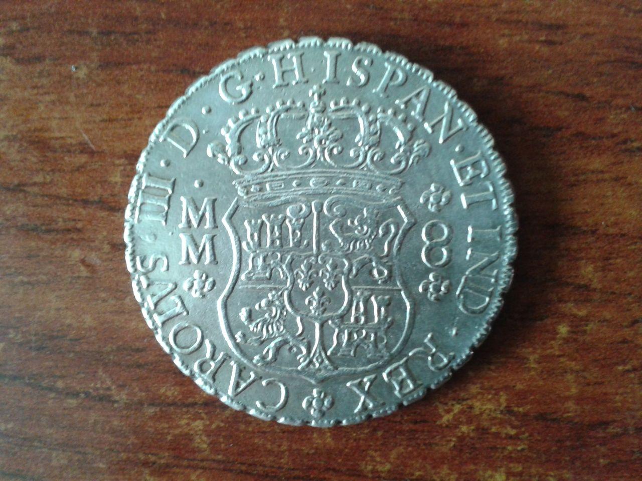 8 reales Columnario 1761... ¿falso? 20141012_140213