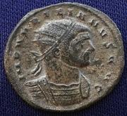 Antoniniano de Aureliano. ORIENS AVG . Sol estante a izq. entre dos cautivos. Ceca Serdica. 20160827_161307