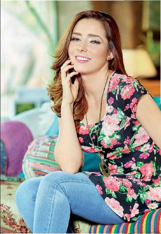 Ariadne Díaz / არიადნე დიასი #1 - Page 34 CA3jgfq_WEAAMU0y