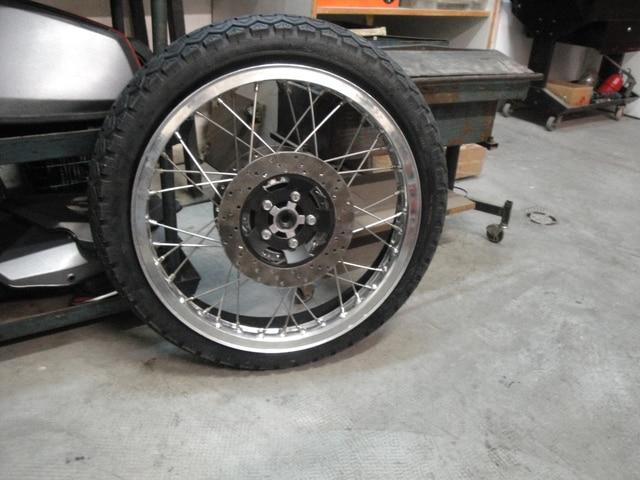 Reconstrucción Bultaco 24 Horas - Página 2 DSC04798