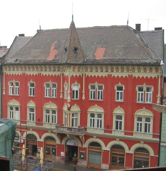 Grad Subotica - Page 3 Vojnic_palata_sa_pozorista