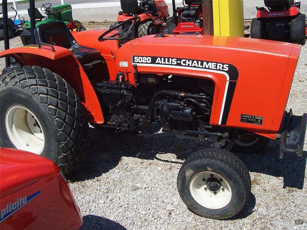 Hilo de tractores antiguos. - Página 2 ALLIS_CHALMERS_5020