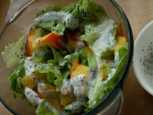 Салат с листьями салата и клубникой - Страница 2 260f7fee8a21