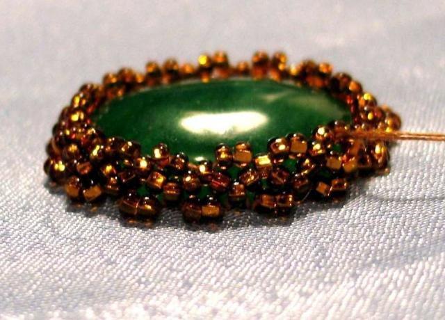 Как прикрепить камни в бисерной вышивке? B8cb031d5931