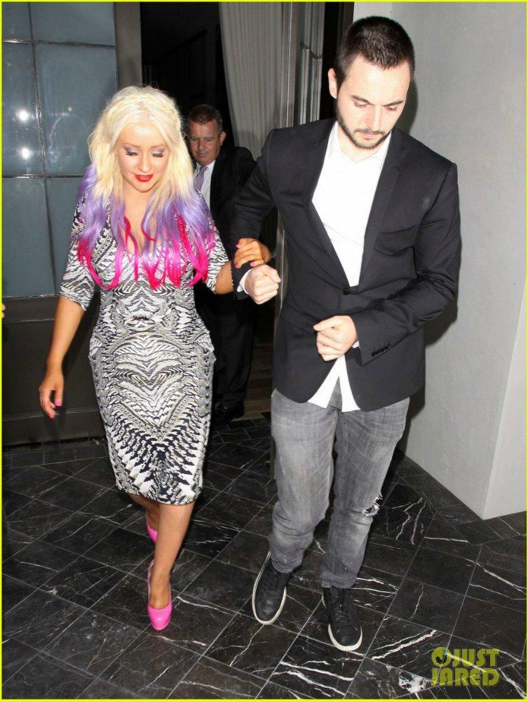 Christina Aguilera  - Страница 6 Df33fd2990f6