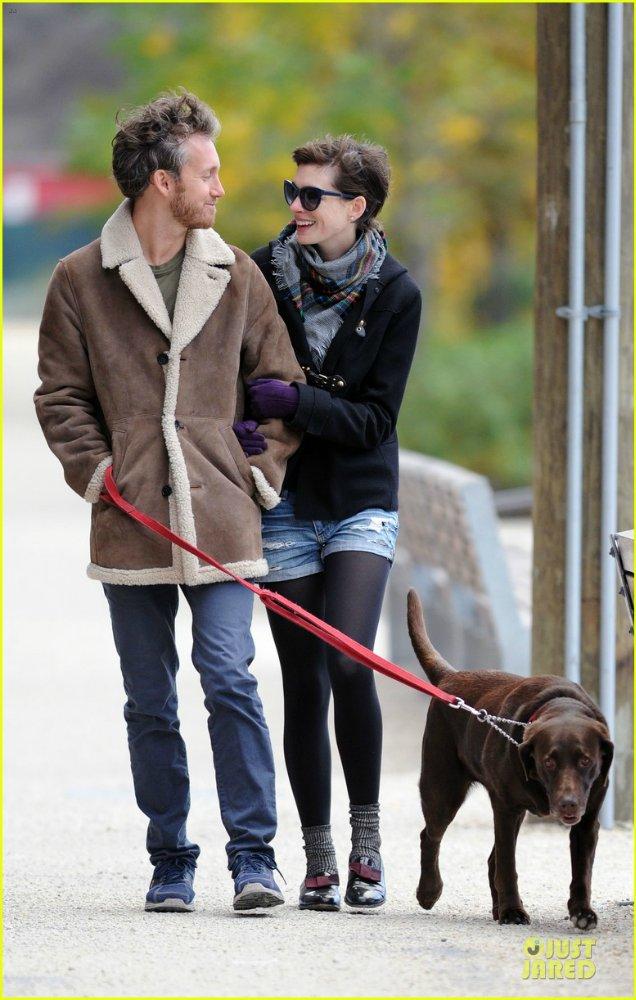 Anne Hathaway/Энн Хэтэуэй - Страница 4 22ffc57aff72