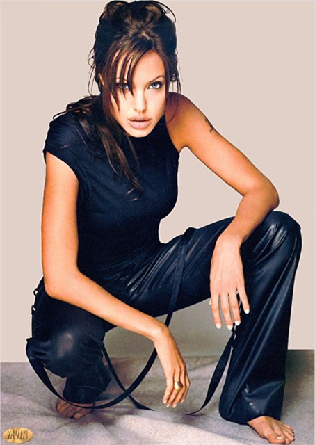 Анжелина Джоли / Angelina Jolie - Страница 2 411c943b821f