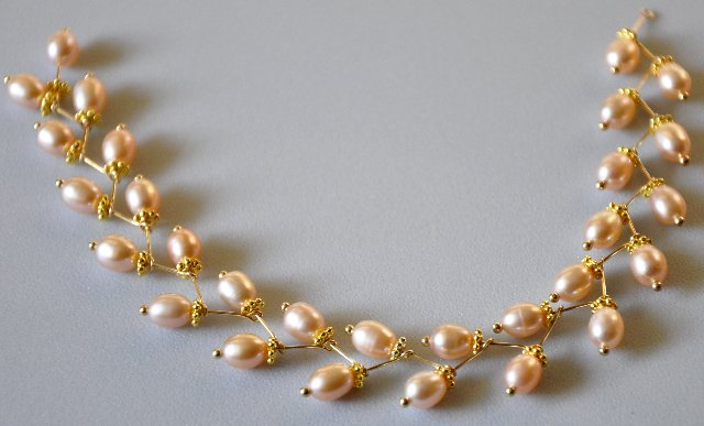 pearl necklace 7830679179ef