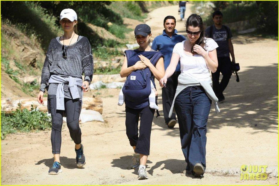 Natalie Portman  Ce464c3cbc32