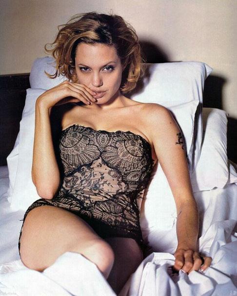 Анжелина Джоли / Angelina Jolie - Страница 2 37c6a7e1dc00